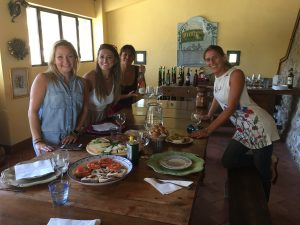 Vernaccia wine tasting and tuscan lunch at Podere Fugnano - De Gustibus Wine and Food Tours