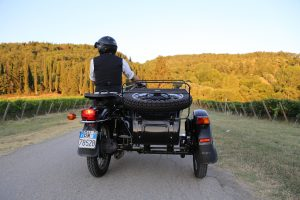 Sunset sidecar tour in florence and chianti with de gustibus tours