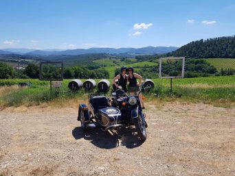 Chianti and Wine vintage sidecar tour - tasting and lunch at luiano boutique winery - de gustibus wine and food tours