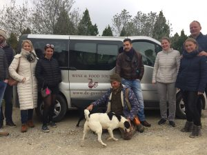 Truffle hunter and his dog - De Gustibus wine and food tours